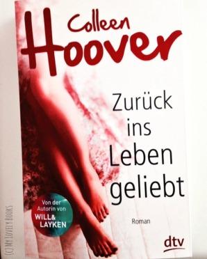 Colleen Hoover (2)